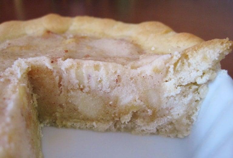 Apple Pie Gelato in a Sugar Cookie Crust