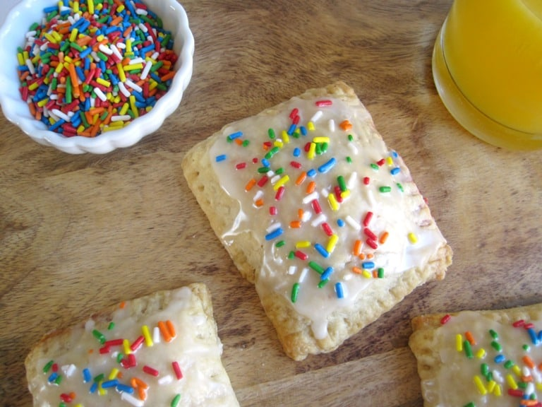 Homemade Strawberry Frosted Pop Tarts