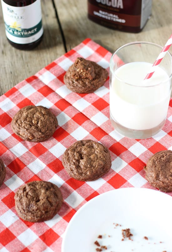 Chewy Chocolate Peanut Butter Cookies | www.mysequinedlife.com