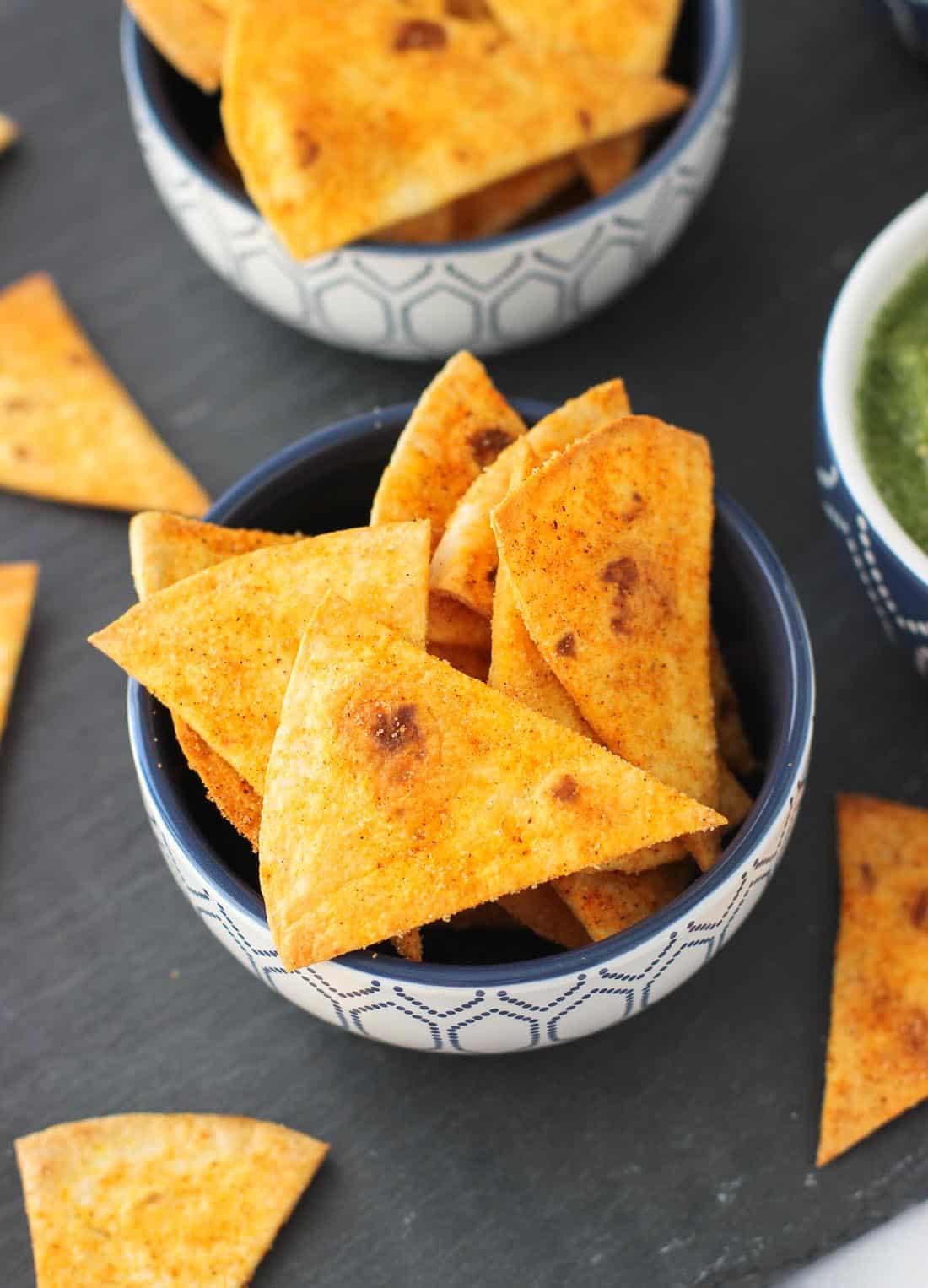 Easy Salsa Verde with Seasoned Tortilla Chips | mysequinedlife.com
