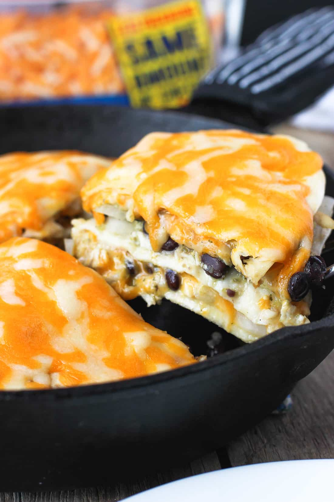 Cheesy Salsa Verde Chicken Tortilla Pie | mysequinedlife.com