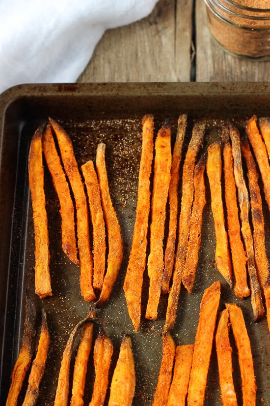 Crispy Baked Buffalo Sweet Potato Fries | mysequinedlife.com