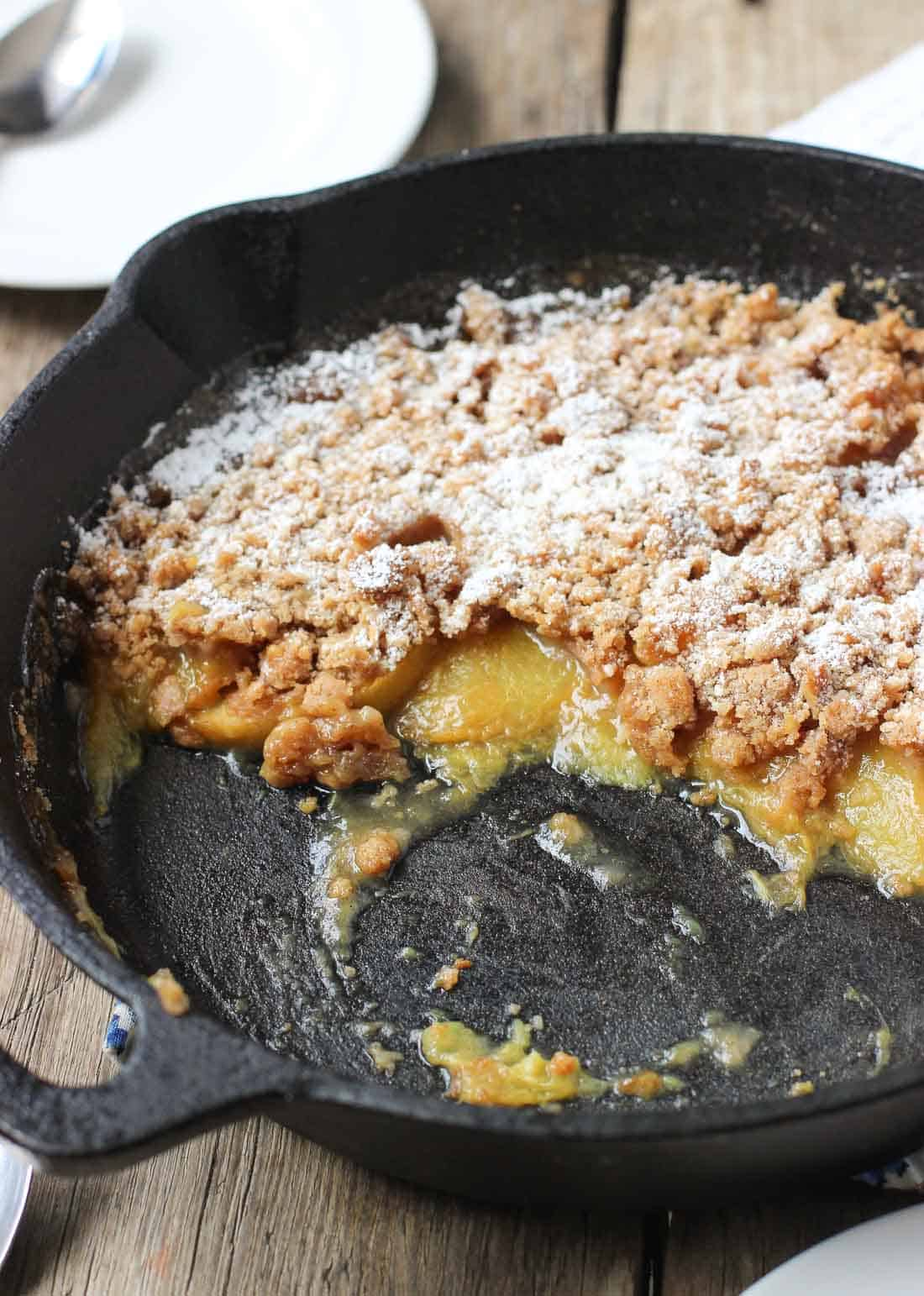 Spiced Peach Crisp with Crumb Topping | mysequinedlife.com