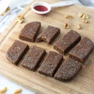 Apple Cinnamon Chia Bars