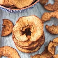 Baked Spiralized Apple Chips