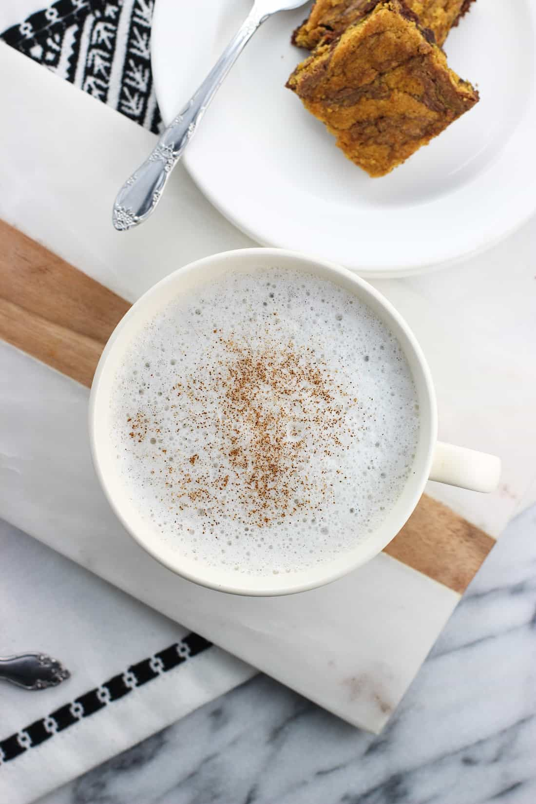 This easy honey chamomile tea latte recipe is a soothing and warm drink sweetened with just a touch of honey. So much cheaper to make at home than buying in a coffee shop!