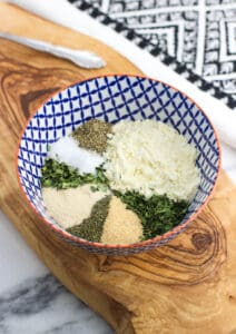 Ever wonder how to make homemade ranch seasoning? Dry buttermilk powder and pantry staple herbs and spices combine to become a easy homemade dupe for that ubiquitous store-bought packet. Great used as a seasoning or as homemade ranch dressing!